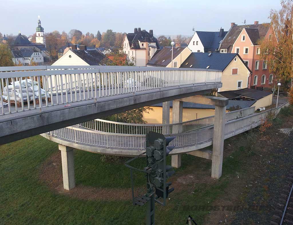 Brückensanierung über Bahntrasse vor Sanierung